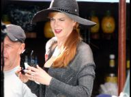 Regardez Nicole Kidman se lâcher avec Jennifer Aniston, entre danse en bikini et... tenue sexy transparente !