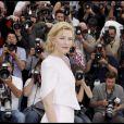 Cate Blanchett lors du photocall de Robin  des Bois le 12 mai 2010 pendant le festival de Cannes