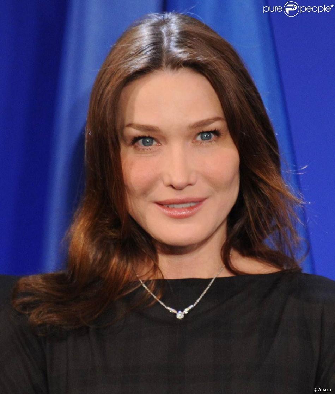 L'ancien top model, et première dame de France Carla Bruni - Purepeople