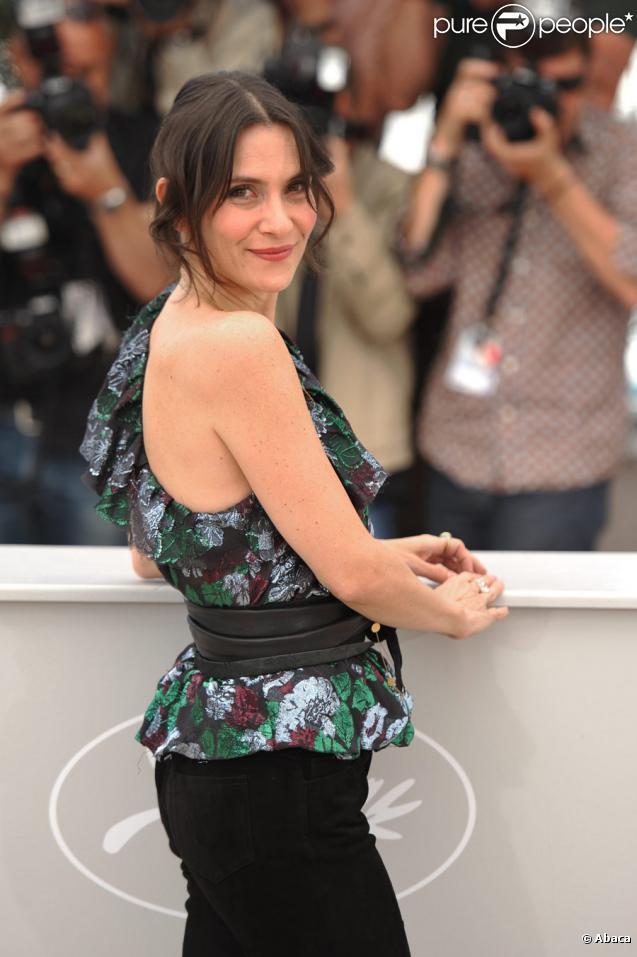 Géraldine Pailhas lors du photocall du film Rebecca H. (Return to the Dogs) pendant le festival de Cannes le 20 mai 2010
