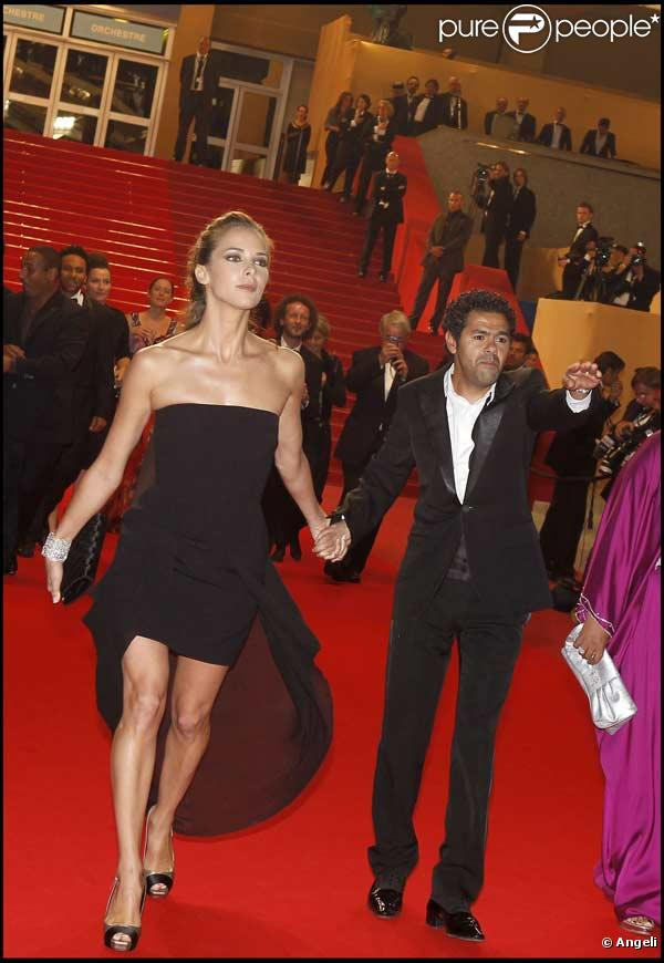 Jamel Debbouze et Melissa Theuriau sortent du Palais des Festivals