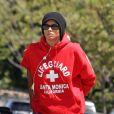 """""""Ciara se balade avec une tenue masculine et négligée, à Los Angeles. 29/05/2010"""""""