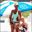 """""""Kelly Rowland à Miami, le 30 mai 2010"""""""