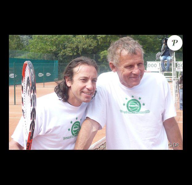 Philippe Candeloro et PPDA au tournoi des personnalités, le 2 juin 2010.
