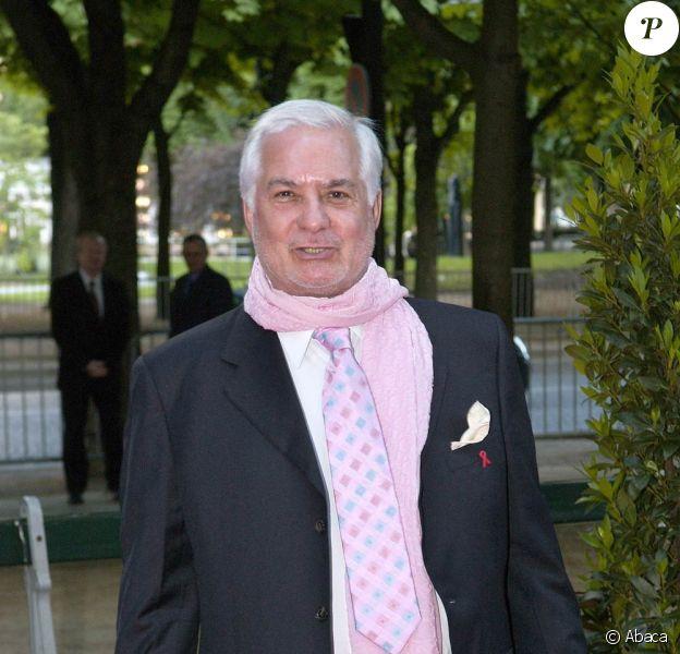 Le regretté Jean-Claude Brialy, disparu en 2007, donne son nom à une nouvelle récompense artistique...