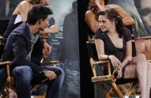 Le séduisant Robert Pattinson confronté à la complicité entre Kristen Stewart et Taylor Lautner !