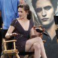 Le casting de Twilight sur le plateau du Jimmy Kimmel Live le 15 juin 2010 : Kristen Stewart