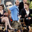 Le casting de Twilight sur le plateau du Jimmy Kimmel Live le 15 juin 2010 : Kristen Stewart et Robert Pattinson