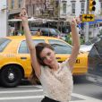 Miranda Kerr en plein shooting à New York, le 28 juin 2010