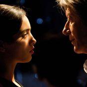 Regardez Jacques Dutronc nouer une relation troublante avec la belle Hafsia Herzi...