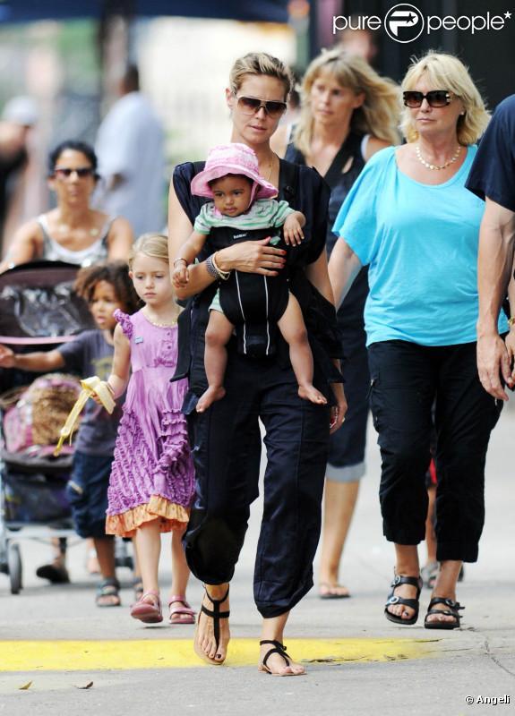 Heidi Klum en famille à New york, le 16 juillet 2010