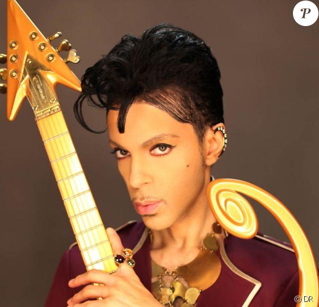 Prince, candidat à la reprise du Nice Jazz Festival, a ravi la cité azuréenne lors de son concert le 25 juillet 2010.