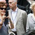 Les parents de Katy Perry sont venus voir leur futur gendre, Russell Brand, sur le tournage du film Arthur à New York le 3 août 2010 (à droite, Helen Mirren)