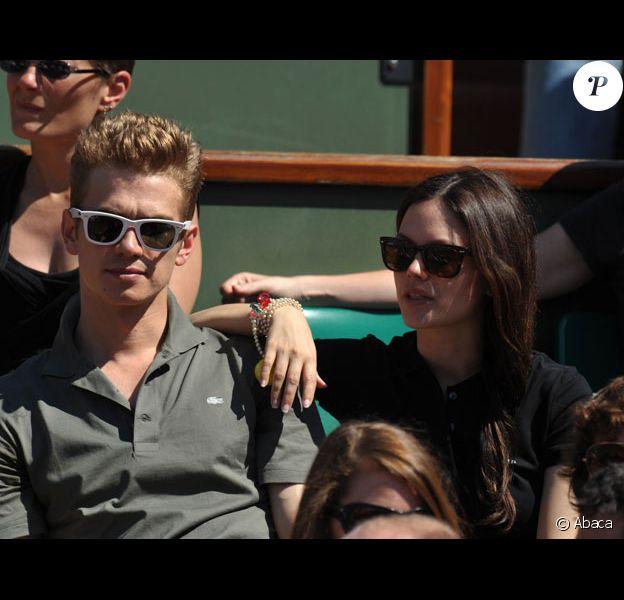 Hayden Christensen et Rachel Bilson assistent au tournoi de tennis de Roland Garros en mai 2009