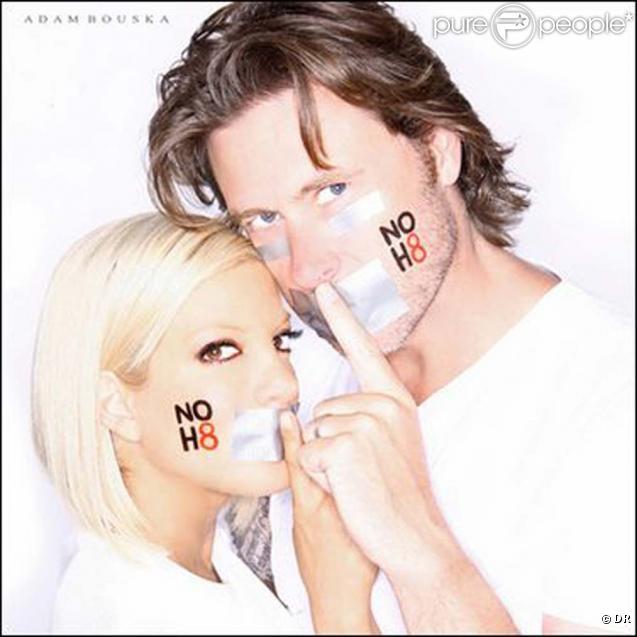 Nouvelle campagne NOH8 avec Tori Spelling et Dean McDermott, août 2010