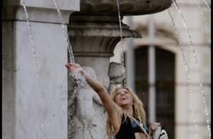 Shakira : Dénudée dans une fontaine et vêtue de cuir sur une moto, elle est sexy en diable !