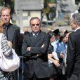Vendredi 3 septembre 2010, les obsèques de Laurent Fignon, vaincu par le cancer le 31 août, se sont déroulées au Père-Lachaise, dans l'intimité, la douleur et un respect immense.