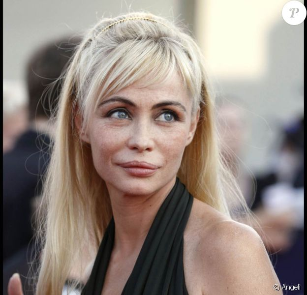 Emmanuelle Béart à l'occasion de la cérémonie d'ouverture du 36e Festival du Film Américain de Deauville, le 3 septembre 2010.