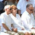 Alain Corneau, Nadine Trintignant et Jean-Louis Trintignant, lors des obsèques de Marie Trintignant, été 2003.