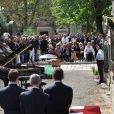 Au premier rang, Nadine Trintignant, son fils Vincent et ses deux petits fils Roman et Paul, lors des obsèques d'Alain Corneau, au cimetière du Père Lachaise, à Paris, le 4 septembre 2010.