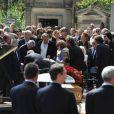 Le malaise de Maître Kiejman lors des obsèques d'Alain Corneau, au cimetière du Père Lachaise, à Paris, le 4 septembre 2010.