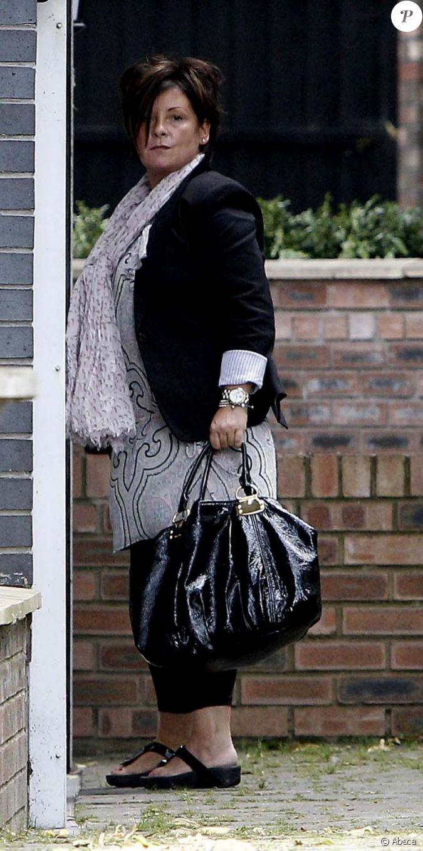 Colette maman de coleen rooney le 6 septembre 2010 - Colette gaze et son bebe ...
