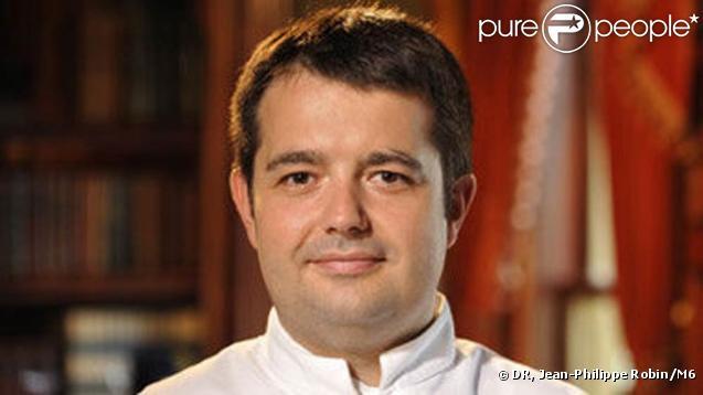 Le chef étoilé Jean-François Piège, connu du grand public pour son rôle de juré dans Un dîner presque parfait et Top Chef, a été marié à Elodie par Rachida Dati, puis par... Valérie Expert.