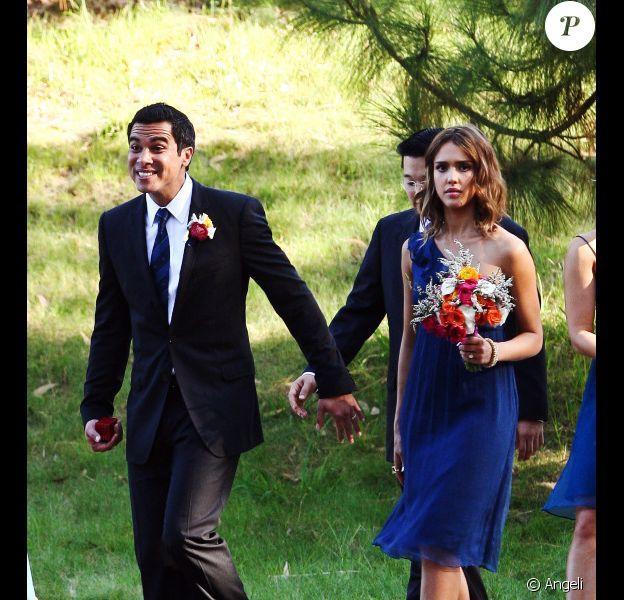 Jessica Alba et Cash Warren se rendent au mariage d'un ami, à Los Angeles. 17/09/2010