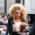Blake Lively avec Penny sur le tournage de Gossip Girl, le 5 août 2008
