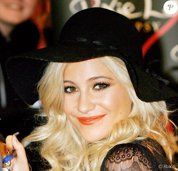 Pixie Lott lance sa ligne de vêtement à Londres, le 28 septembre 2010