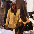 Mario Balotelli et sa nouvelle petite amie Betty Kourakou, sortent à Manchester