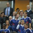 Samedi 8 octobre 2010, les nageurs Camille Lacourt et William Meynard, parmi d'autres people, étaient au Stade de France pour voir la victoire des Bleus contre la Roumanie, et ont proposé au public un petit strip-tease...