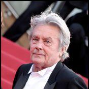 Après des années, Alain Delon revient aux Champs-Elysées...