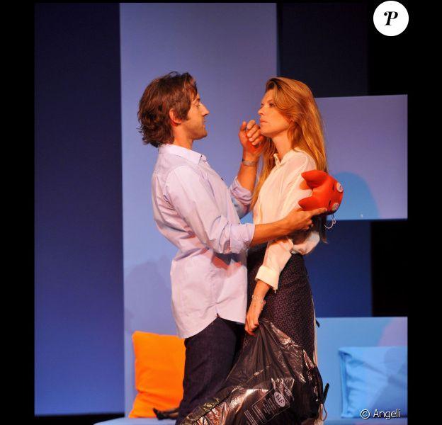 Frédéric Diefenthal et Gwendoline Hamon dans la pièce Kramer contre Kramer