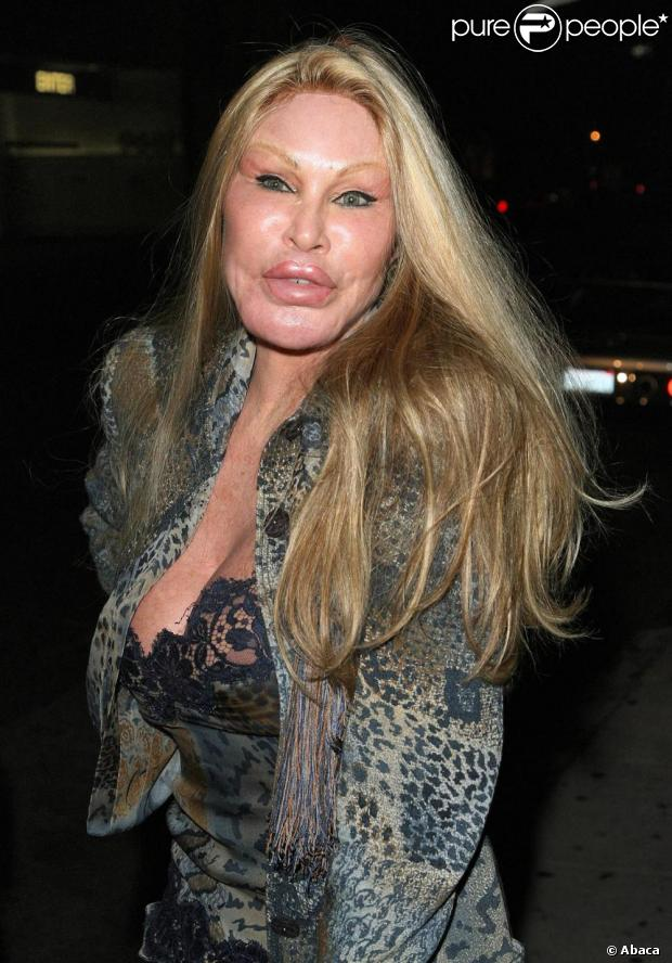 509892-jocelyn-wildenstein-620x0-3.jpg