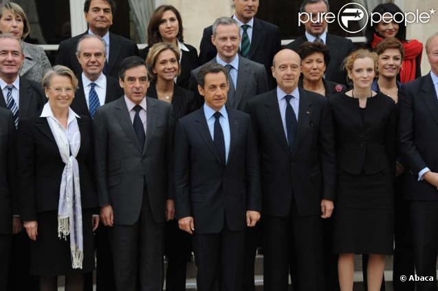 Photo de famille du gouvernement Fillon III, à l'Elysée, le 17 novembre 2010