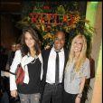 Andrea Feick, Lord Kossity et Tara Reid à l'occasion de la soirée d'inauguration de la boutique Replay, à Paris, le 25 novembre 2010.
