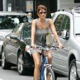 Helena Christensen ne se déplace qu'à vélo, ou à pieds