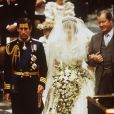 En juillet 1981, lors de son mariage, Lady Diana portait une robe signée Elizabeth Emanuel. Quel sera le choix de créateur de Kate Middleton, pour ses noces le 29 avril 2011.