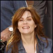 La belle Emmanuelle Seigner, très épanouie, sous le soleil de Marrakech...