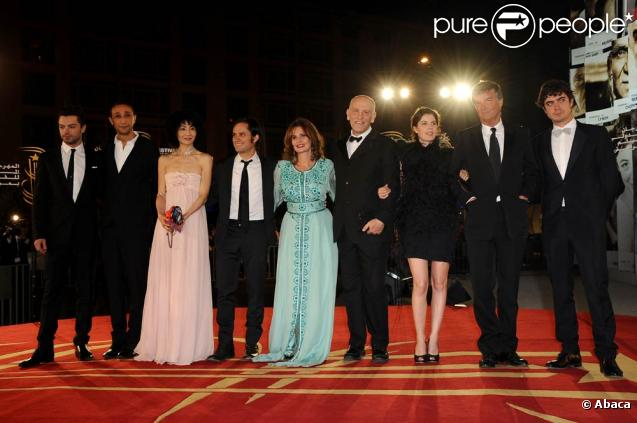 John Malkovich et son jury au complet lors de la cérémonie de clôture du 10e Festival International du Film de Marrakech, le 11 décembre 2010.
