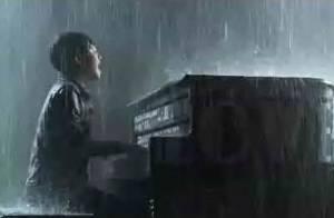 Greyson Chance : Premier clip du phénomène de 13 ans, Waiting outside the lines!