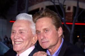 Kirk Douglas se livre sur la victoire contre le cancer de son fils Michael !