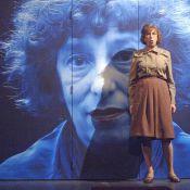 """Anémone rate ses débuts à l'opéra : Les """"gentillesses"""" fusent !"""