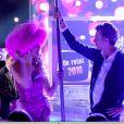 Denis Brogniart fait du pole dance avec Stéphanie de Qui veut épouser mon fils ?