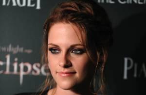 Kristen Stewart devient un transsexuel emprisonné, sous les yeux de sa maman !