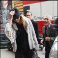 Kate Moss sort de la brasserie Lipp à Paris, le 4 février 2011.