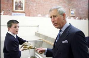 PHOTOS : Le prince Charles joue au fermier