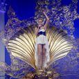 Kylie Minogue se produit sur la scène de la Herning Multi-Arena, à Herning, au Danemark, pour le premier concert de son  Aphrodite - Les Folies World Tour , samedi 19 février.