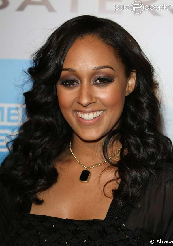 tattoo designs tia mowry wedding dress. Black Bedroom Furniture Sets. Home Design Ideas